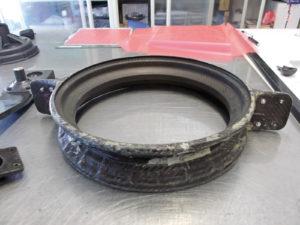 Fig. 6 - Stampo in fibra di carbonio per cerchione di una ruota realizzata interamente in composito
