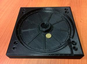 Uno stampo da termoformatura sottovuoto ottenuto con la stampante 3D 3ntr A2v2.