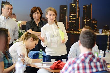 La Project & People Management School rappresenta il miglior percorso formativo per acquisire metodologie e strumenti per la gestione di persone e progetti nei contesti multiculturali.
