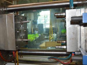 La struttura della Officina Merlin permette lo sviluppo di stampi medio-complessi sino a 800 x 500 mm di dimensione.