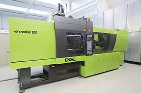 La pressa engel e-motion 110 per lo stampaggio di leghe Liquidmetal.