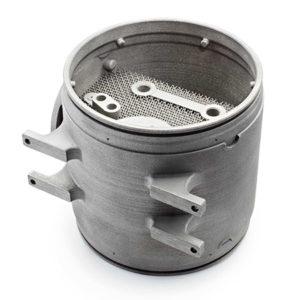e un componente per un motore prodotti con la tecnologia Electron Beam Melting di Arcam. La loro resistenza meccanica è uguale a quella dei prodotti costruiti con tecnologie convenzionali