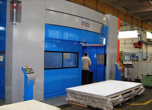 Impianto taglio laser 3D per la realizzazione dei particolari prototipali
