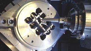 Lavorazioni di riprese 5 assi, con ASRF e serie Metallo duro MMC-Hitachi.