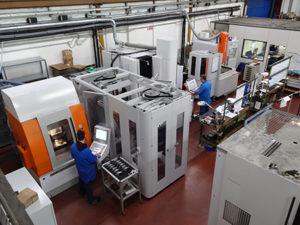 L'isola automatizzata per la produzione degli elettrodi realizzata presso la Tecnostampi S.r.l.