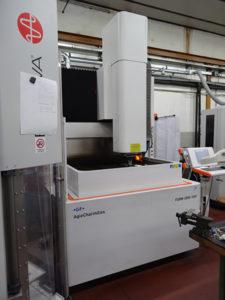 L'elettroerosione a tuffo Form 3000 VHP della GF Agie Charmilles.