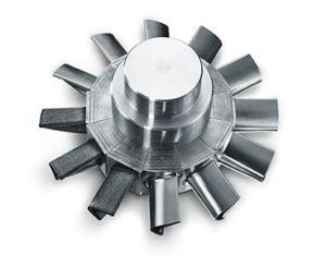 Lavorazione completa di un componente tridimensionale: alloggiamento turbina (A) e Blisk (B) per l'industria Aerospace.