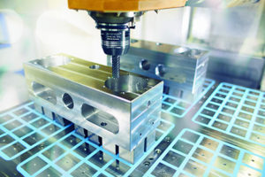 Magnos consente un ancoraggio magnetico del pezzo su un solo lato.