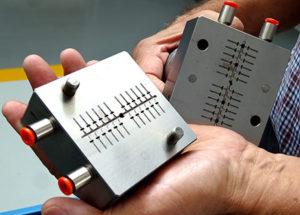 Alcuni stampi d'alta precisione realizzati sull'elettroerosione Alpha-C400iA.